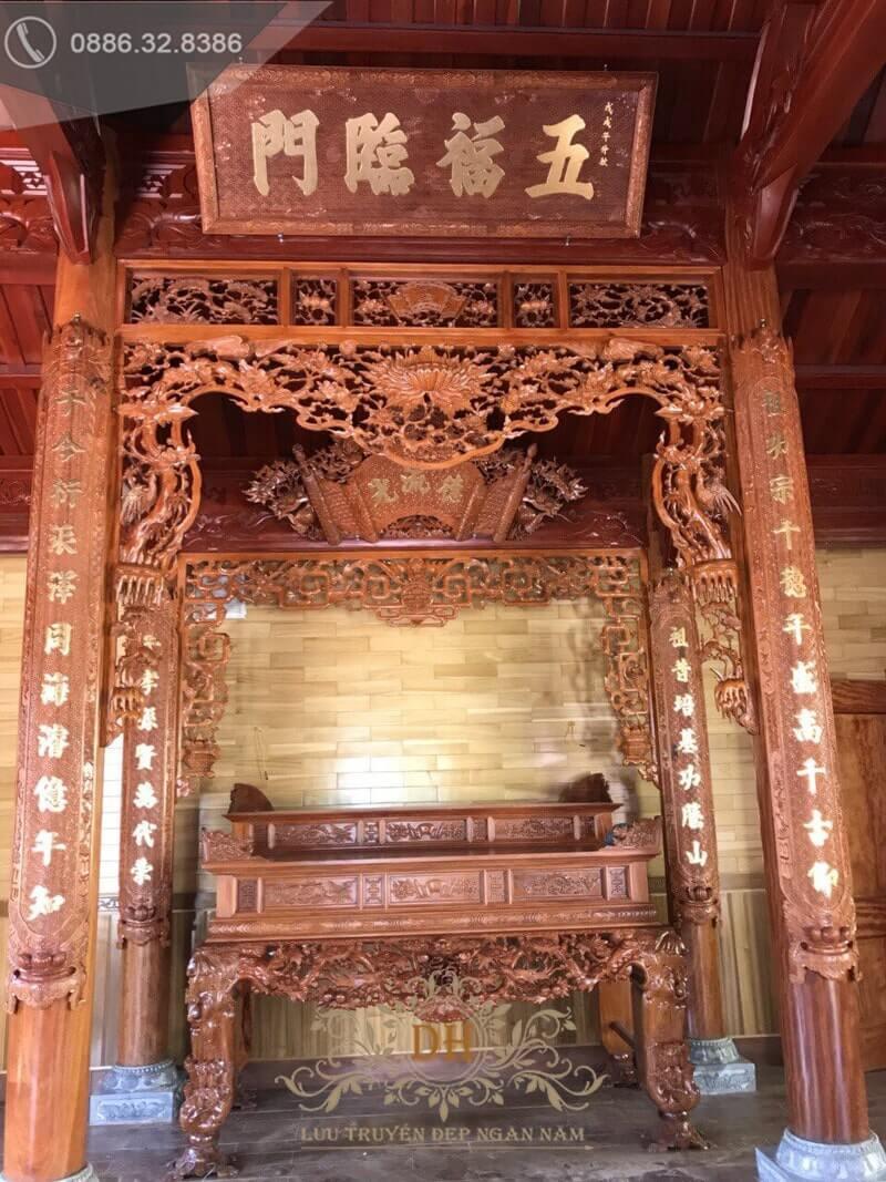 Phòng thờ làm bằng gỗ gụ